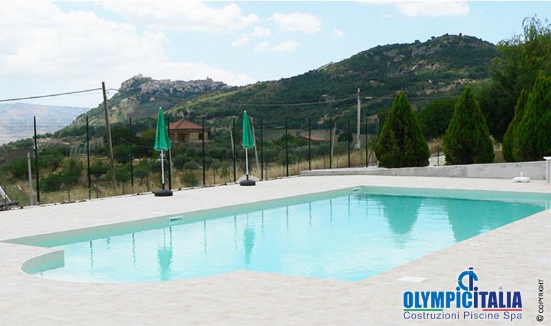 Progettazione costruzione piscina ristorante hotel il noce - Piscina chiusa sclafani ...