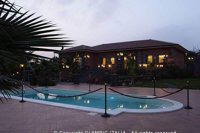 Costruzione piscine caltanissetta offerte e prezzi for Offerte piscine