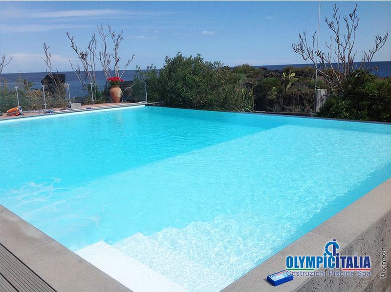 Costruzione piscina Bordo Sfioro Infinity - Sicilia ...