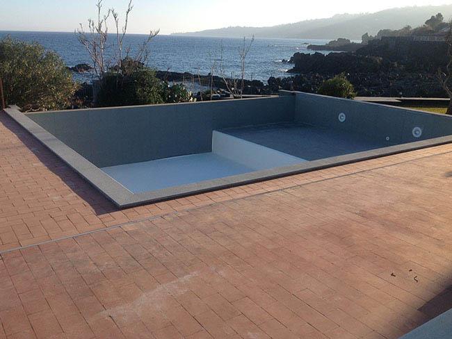 Costruzione vendita piscine catania piscina bordo sfioro - Impianto filtrazione piscina prezzo ...