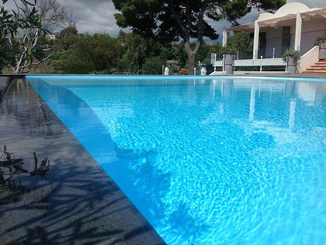 Costruzione piscine caltanissetta offerte e prezzi costruzione piscina bordo sfioro infinity - Bordo piscina prezzi ...