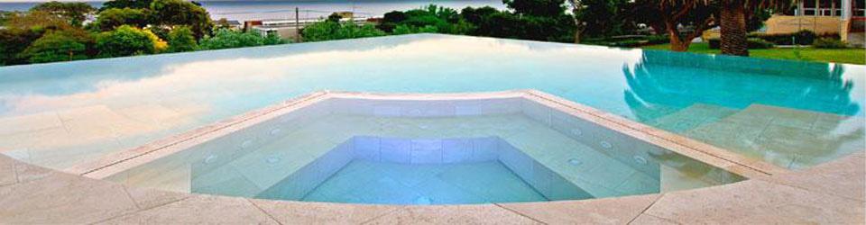 piscina_con_appendice_minipiscina.jpg