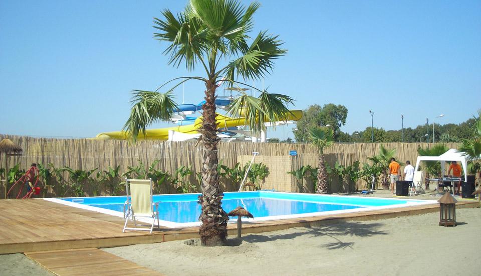 Olympic Piscine Costruisce piscine Eleganti e Semplici nella manutenzione